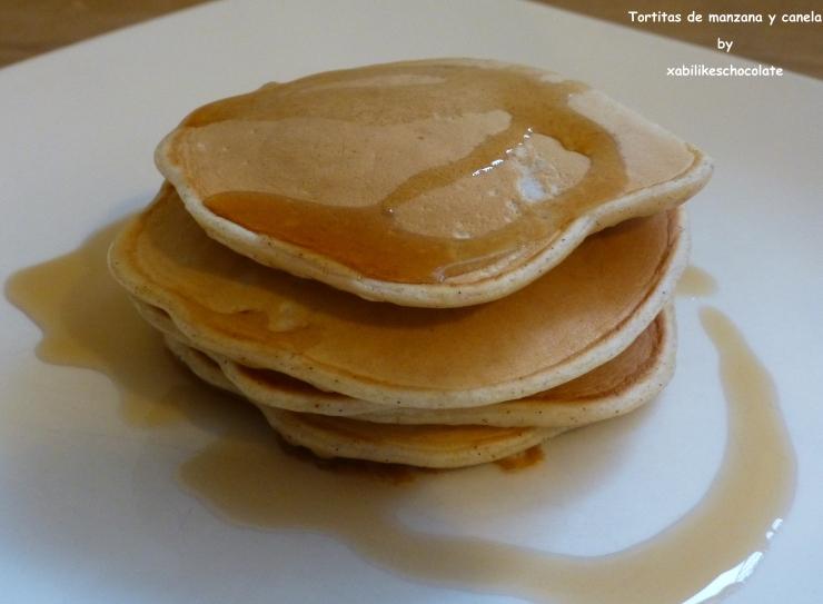 Pancakes de manzana y canela, desayuno sin azúcar manzana y canela, tortitas de manzana y canela