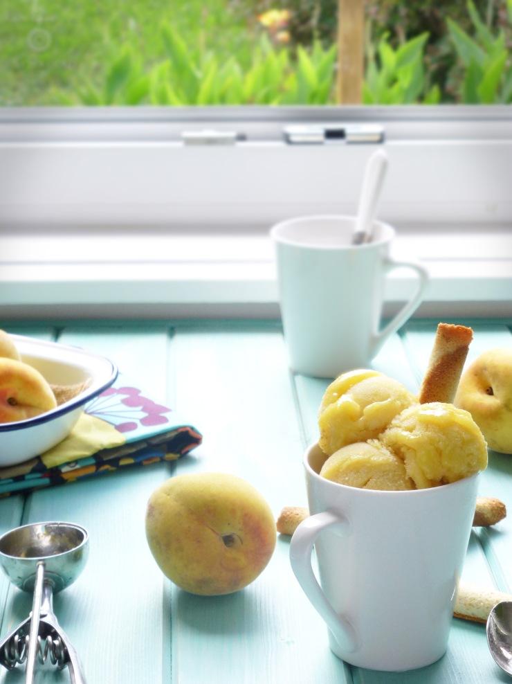Sorbete de melocotón y tomillo, sorbete de melocotón, peach sorbet, peach and thyme sorbet, helado de melocotón, sorbete sin heladera