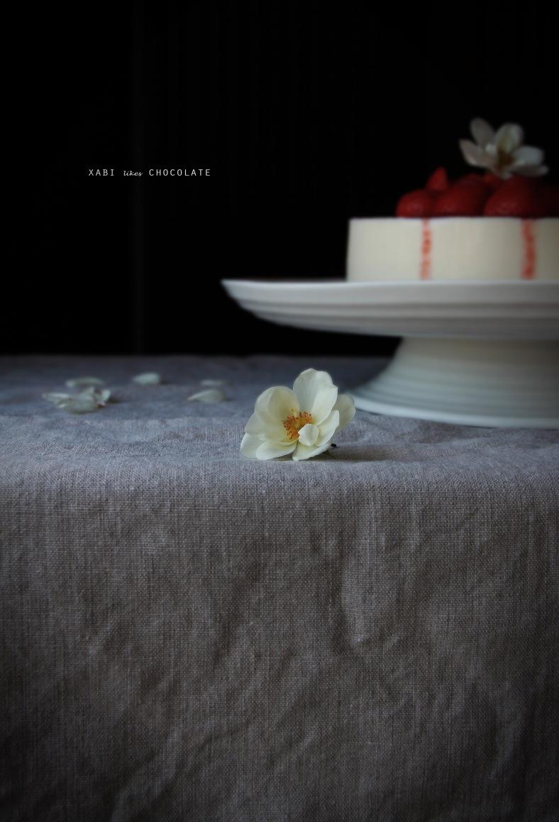 Cheesecake de chocolate blanco, tarta de queso, chocolate blanco, fresas, bordes perfectos, cocina, receta, postre, sin horno, blog de cocina, repostería, estilismo culinario