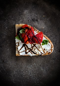labneh-cheese-toast