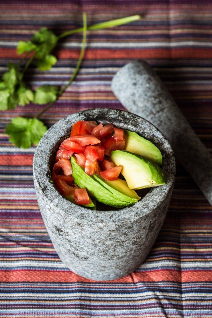 receta-guacamole, guacamole-hacer, como-hacer-guacamole, contenido-digital, fotografía-gastronómica, topa-sukalderia, aguacate